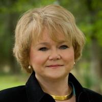 Ellen Holt